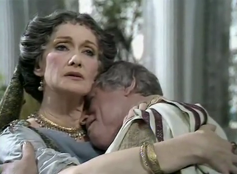Brian_Blessed_and_Siân_Phillips_as_Augustus_and_Livia
