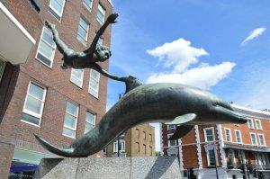 David Wynne, Boy with dolphin