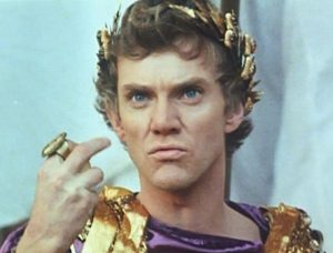 Malcolm-McDowell-as-Caligula