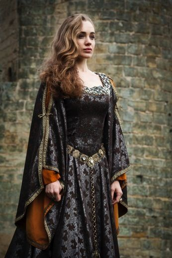 104c846adf6eb35ef1d99d72a0f00d45--medieval-outfit-medieval-dresses